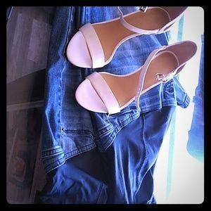 Maternity bundle blue jeans